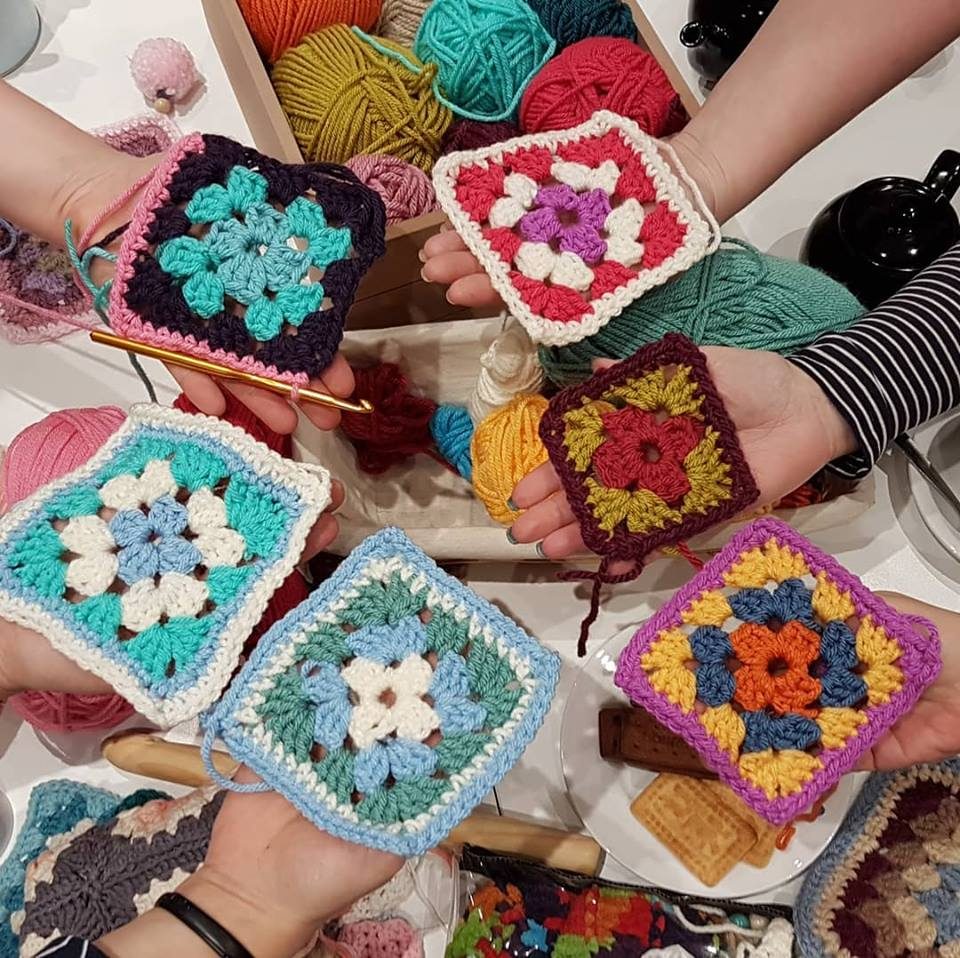 Crochet your first granny square