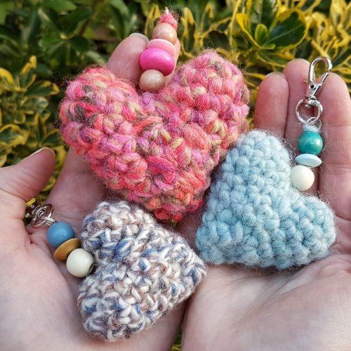 Hooky Buddies Crochet Lounge 2019 Amigurumi heart bag charms