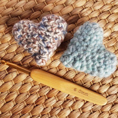 Hooky Buddies Crochet Lounge 2019 Amigurumi hearts